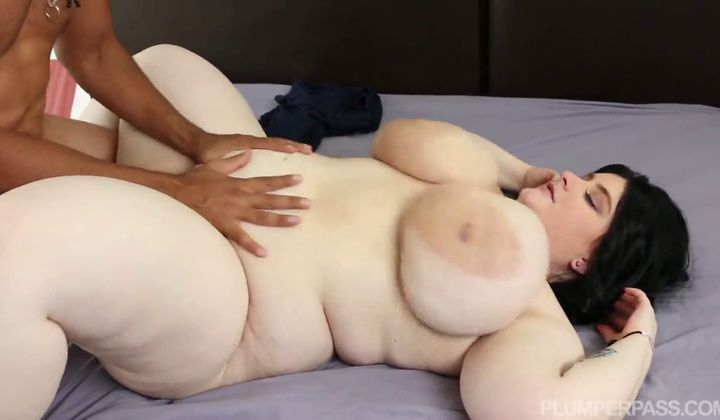 Female - Cute Alyson Galen Euro Bbw Honey Takes A Pummeled